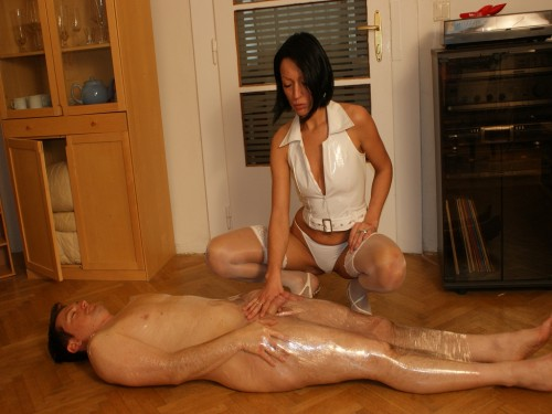 Turkey Mistress Handjob